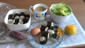 21 Oct 2012 - brunch, empty onigiri sushi mutant this time